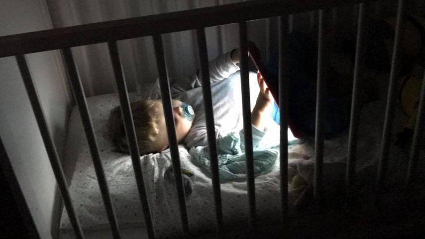 Alessio mit iPad im Bett: Sarah-Shitstorm gerechtfertigt?