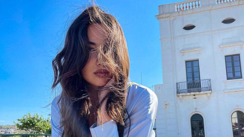 Model Alex Mariah Peter