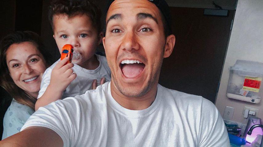 Alexa Vega mit Sohn Ocean, Ehemann Carlos Pena und Baby Kingston