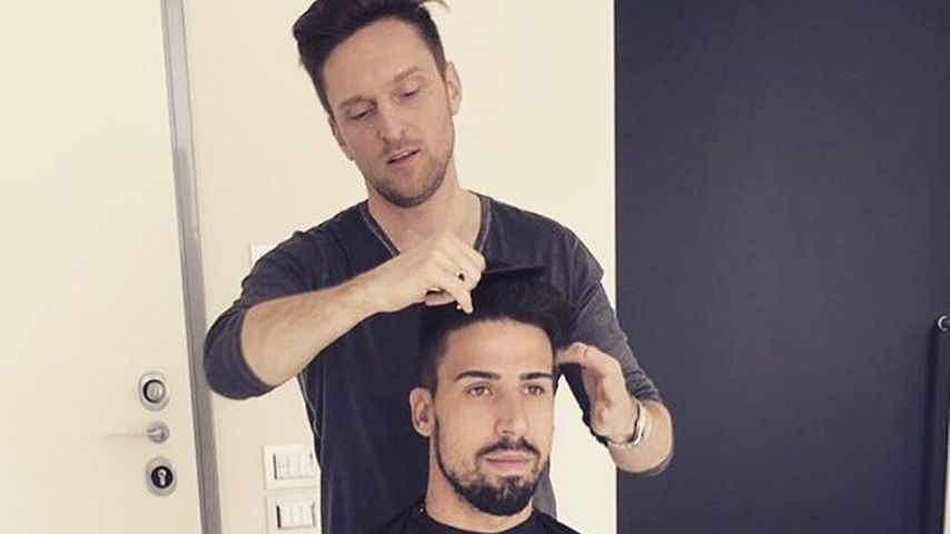 EM-Friseur: ER macht unseren DFB-Jungs die Haare schön!