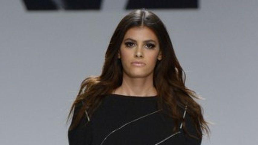 Alisar Ailabouni bei einer Fashion-Show