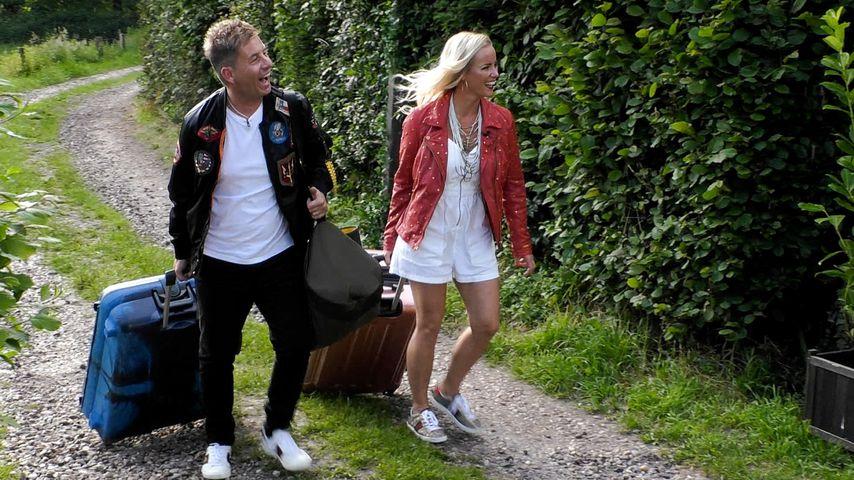 """Almklausi und Maritta Krehl beim Einzug ins """"Sommerhaus der Stars"""""""