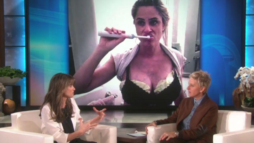 Kohl-Brüste: Was treibt Amanda Peet denn da?