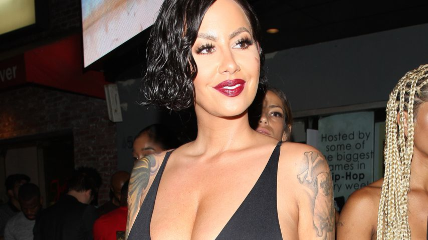 Amber Rose in einem Nachtklub in Hollywood