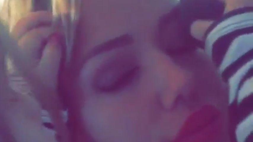 Umwerfendes Video: Amelia Stark schminkt Mama Kim Gloss