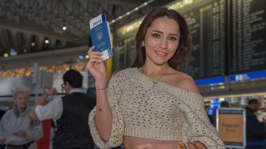 Anastasiya Avilova vor dem Abflug zum Dschungelcamp 2020