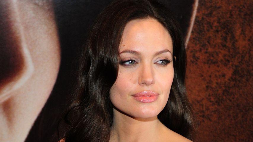 Angelina Jolie: Jetzt entfernt sie sich ihre Brad-Tattoos!