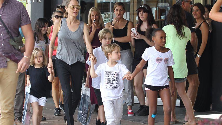 Rache an Brad? Angelina Jolie will 7. Kind adoptieren