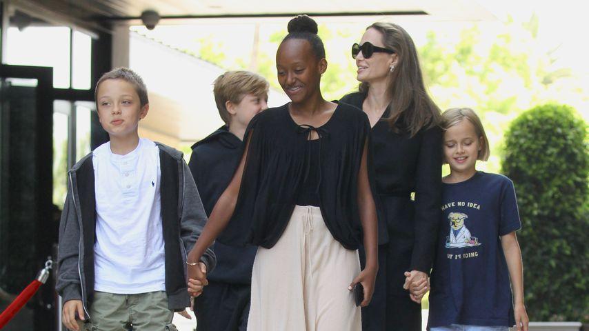 Angelina Jolie hat die Trennung dank ihrer Kids verarbeitet!