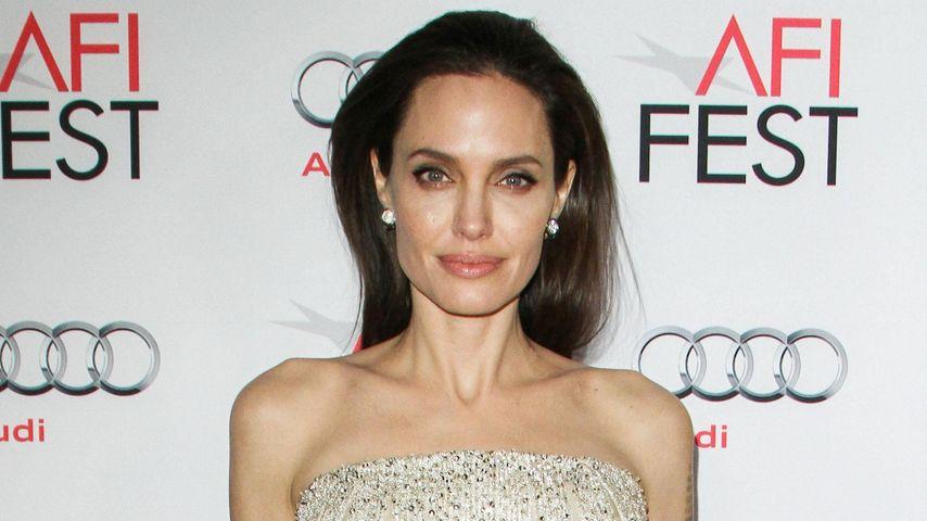 Ohne Brads Wissen: Adoptierte Angelina Jolie ein 7. Kind?