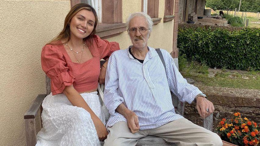 Anna Maria Damm mit ihrem Vater im Juni 2021