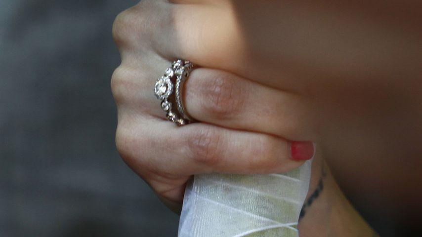 Bushidos Anna-Maria zeigt Verlobungs- und Ehering