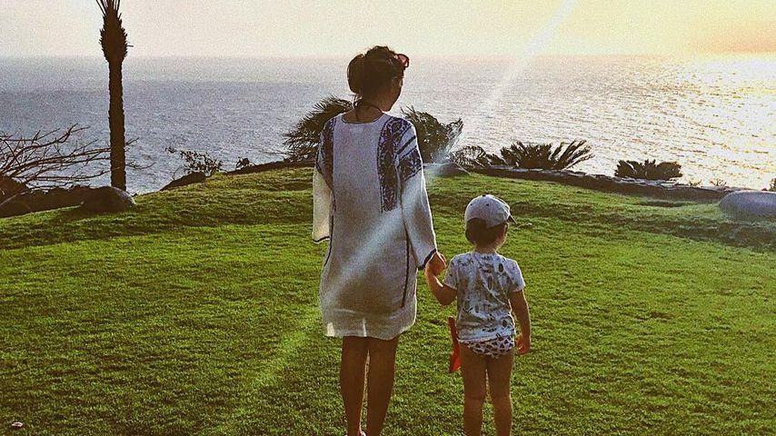 Anna Angelina Wolfers mit ihrem Sohn Emil