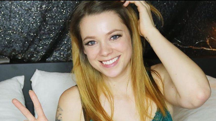 Lachflash XXL: Anne Wünsche schaut ihre 1. YouTube-Videos