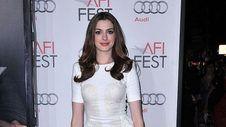 Anne Hathaway: Unschuldig in Weiß