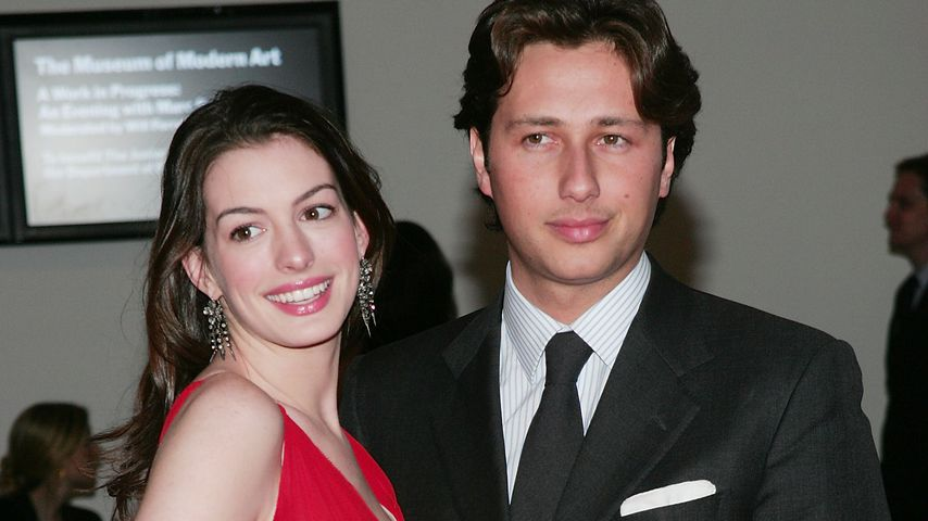 Nach Inhaftierung: Anne Hathaway ghostete ihren Ex-Freund