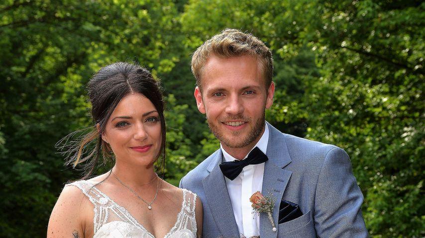 Emily (Anne Menden) und Paul (Niklas Osterloh) mit Emilys GZSZ-Tochter Kate