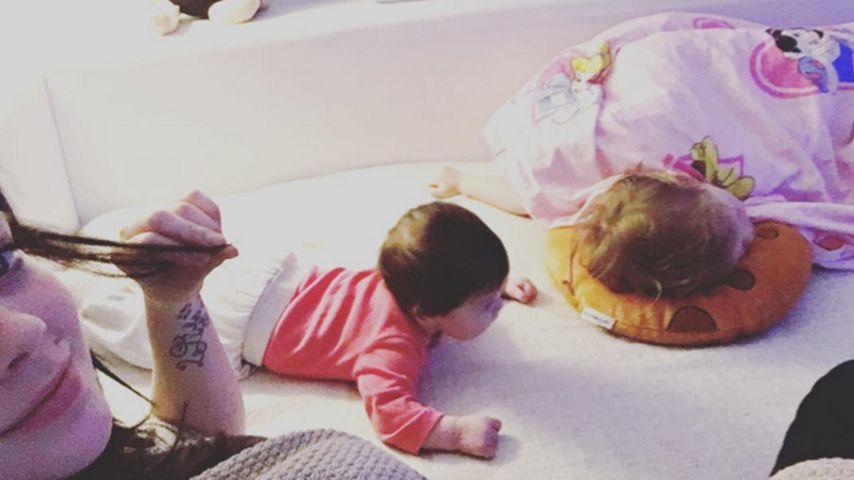 Doppelte Kuscheleinheit: Anne Wünsche zeigt ihre 2 Mädels