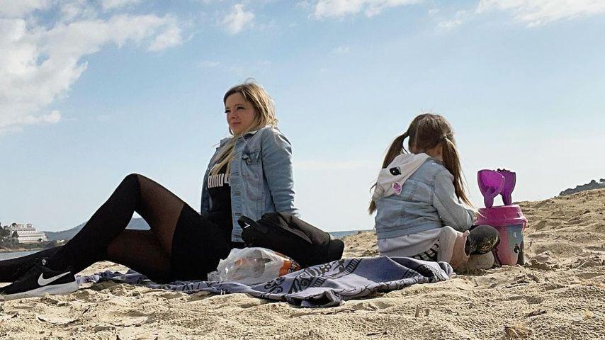 Anne Wünsche mit ihrer Tochter Juna Merten