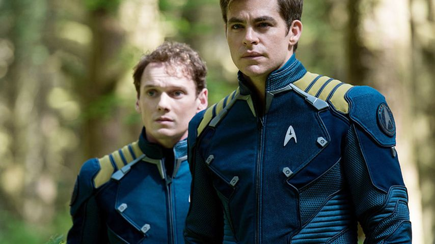 "Anton Yelchin und Chris Pine in ""Star Trek Beyond"""