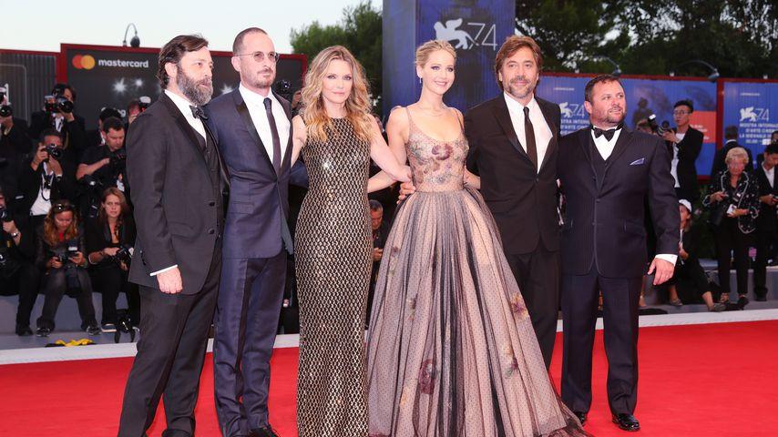 Ari Handel, Darren Aronofsky, Michelle Pfeiffer, Jennifer Lawrence, Javier Bardem und Scott Franklin