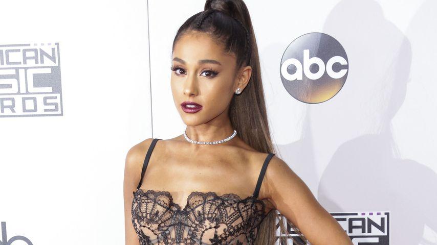 Ariana Grande bei den AMAs 2016