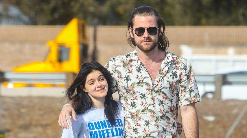 Auf Kuschelkurs: Ariel Winter mit Neu-Freund Luke unterwegs
