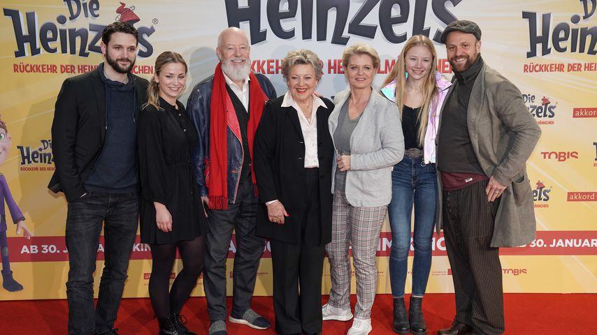"""Arne Rudolf mit anderen Stars der """"Lindenstraße"""""""