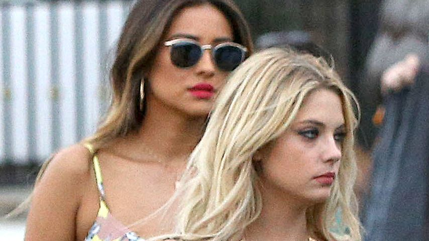 Shay Mitchell und Ashley Benson