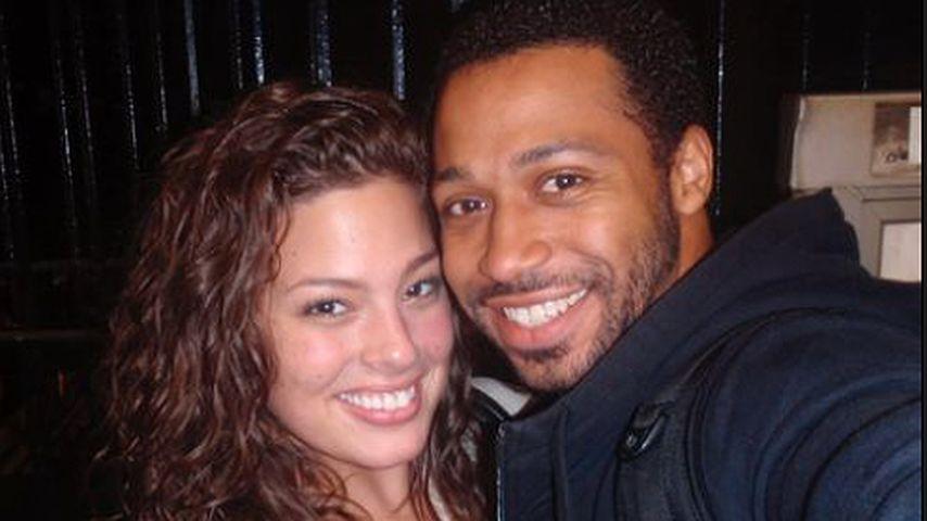 Ashley Graham zeigt allererstes Bild mit ihrem Mann Justin!