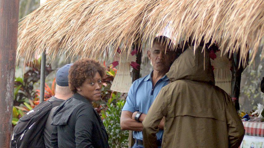 Barack Obama mit Angestellten auf Bali