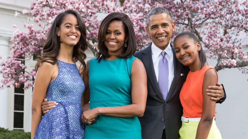 Barack Obama mit seiner Frau Michelle und seinen Töchtern Malia und Sasha