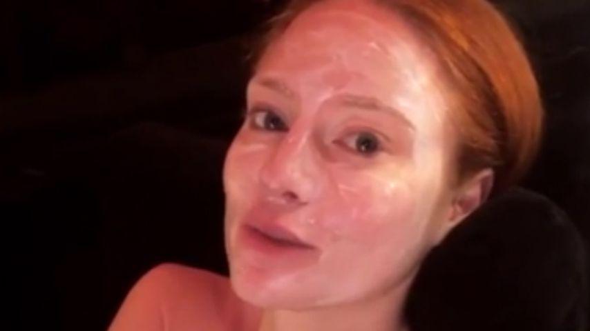 Anti-Nervös-Maske: Barbara Meier relaxt kurz vor Live-Shows!