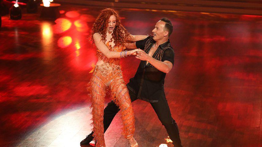 """Barbara Meier und Sergiu Luca tanzen Samba in der achten """"Let's Dance""""-Liveshow"""