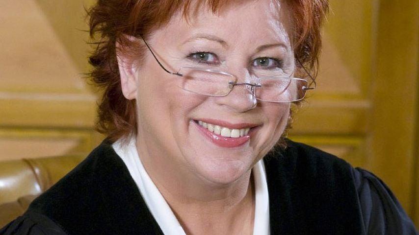 Barbara Salesch Hu00e4ngt Ihren Hammer An Den Nagel | Promiflash.de