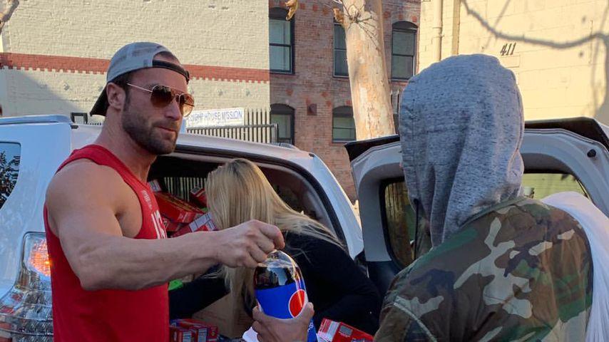 Vor Dschungel-Teilnahme? Bastian Yotta hilft Obdachlosen!