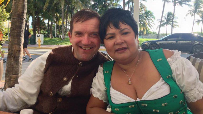 So hat Bauer Josef Narumol zum 9. Hochzeitstag überrascht!