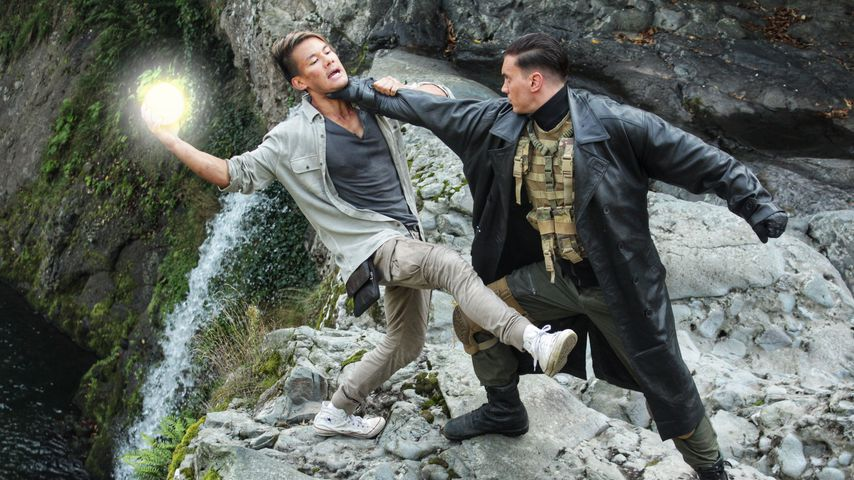 "Bela Klentze und Andy Long im Film ""Projekt Adler"""
