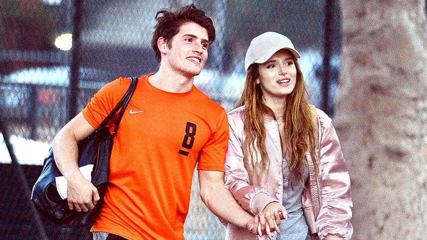 Gregg Sulkin und Bella Thorne