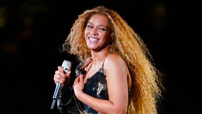 Fast ein Nippelblitzer! Beyoncé kämpfte mit Coachella-Outfit