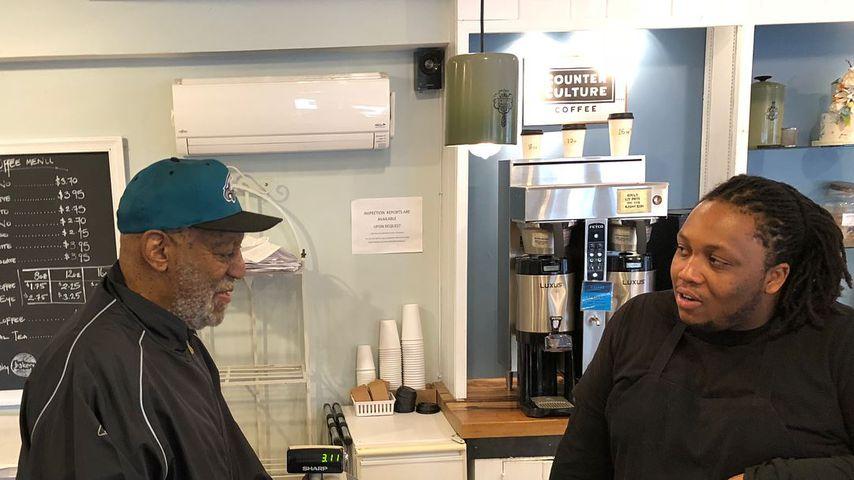 Bill Cosby in einer Bäckerei in Philadelphia