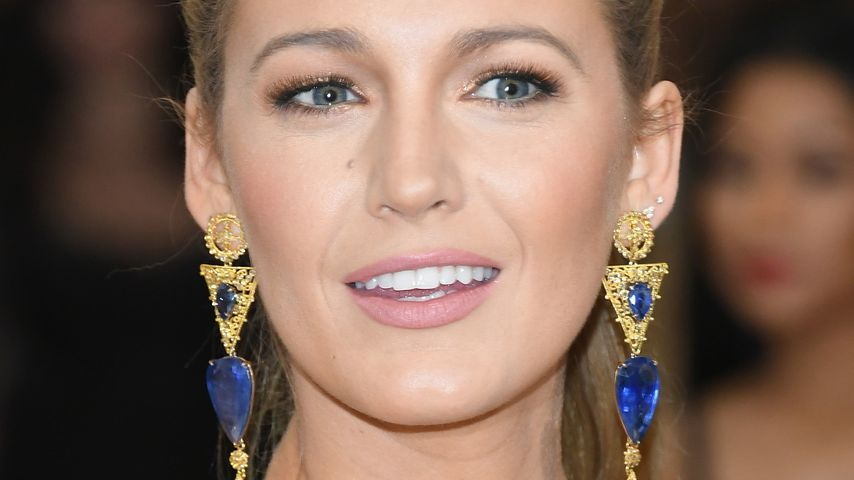 US-Beauty-Docs behaupten: Blake Livelys Nase ist gemacht!