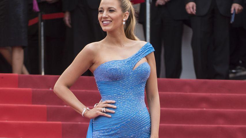 Wow-Auftritt: Blake Lively entzückt mit Kleid & Baby-Bauch