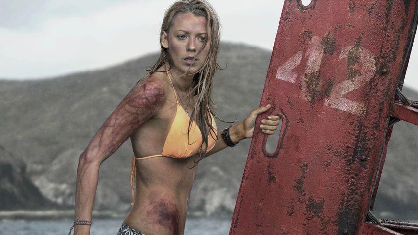 """Blake Lively bei ihrem Überlebenskampf in """"The Shallows - Gefahr aus der Tiefe"""""""