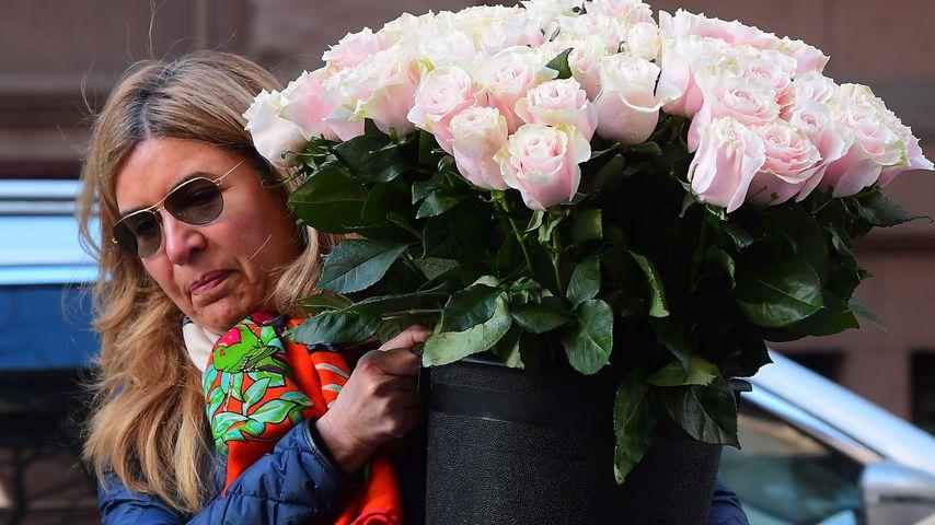 Blumen-Lieferung für die Babyparty von Herzogin Meghan in New York