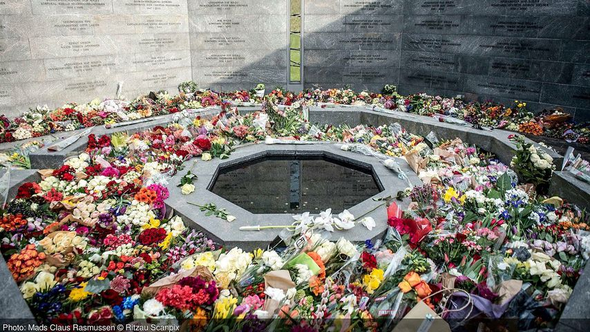 Blumenmeer bei Prinz Henriks Beerdigung