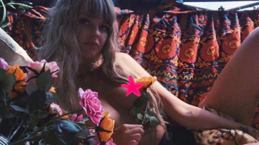 Balkon-Nippel: Bonnie Strange zieht blank auf Instagram!