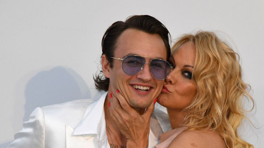 Brandon Thomas Lee und seine Mutter Pamela Anderson
