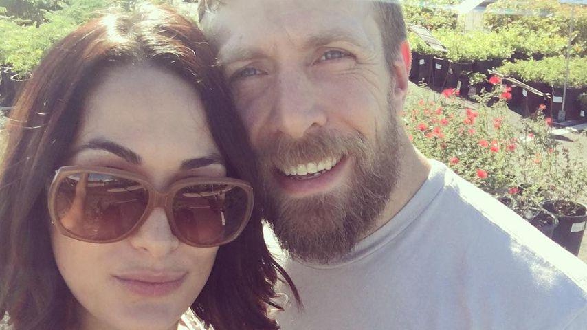 Brie Bella und ihr Mann Daniel Bryan