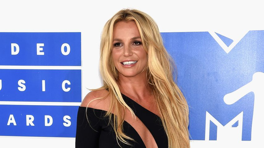 10 Jahre nach Glatzen-Gate: Britney Spears ist in Bestform!
